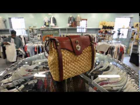 Vintage Clothing: Buffalo Exchange