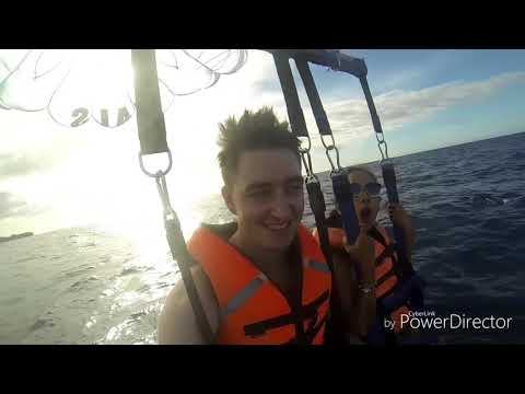 Christian&Marlyn - PARASAILING, BORACAY, PHILPPINES