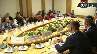 Круглый стол с участием рэперов и депутатов Госдумы