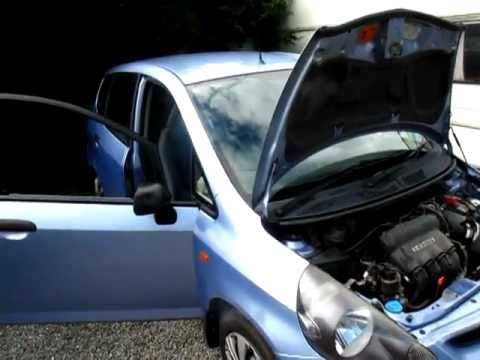How To Change Transmission Oil >> Honda jazz & fit gearbox fault - YouTube