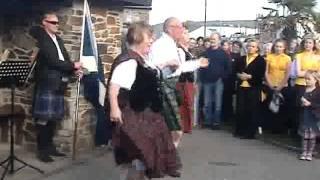 Lowender street Dancing 2011.mp4