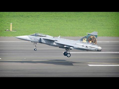 [Airpower 16]  Saab JAS 39 Gripen Display!