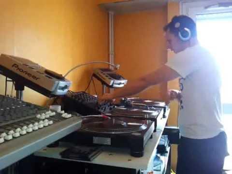 DJ Caësar 9114 - Monta Musica minimix