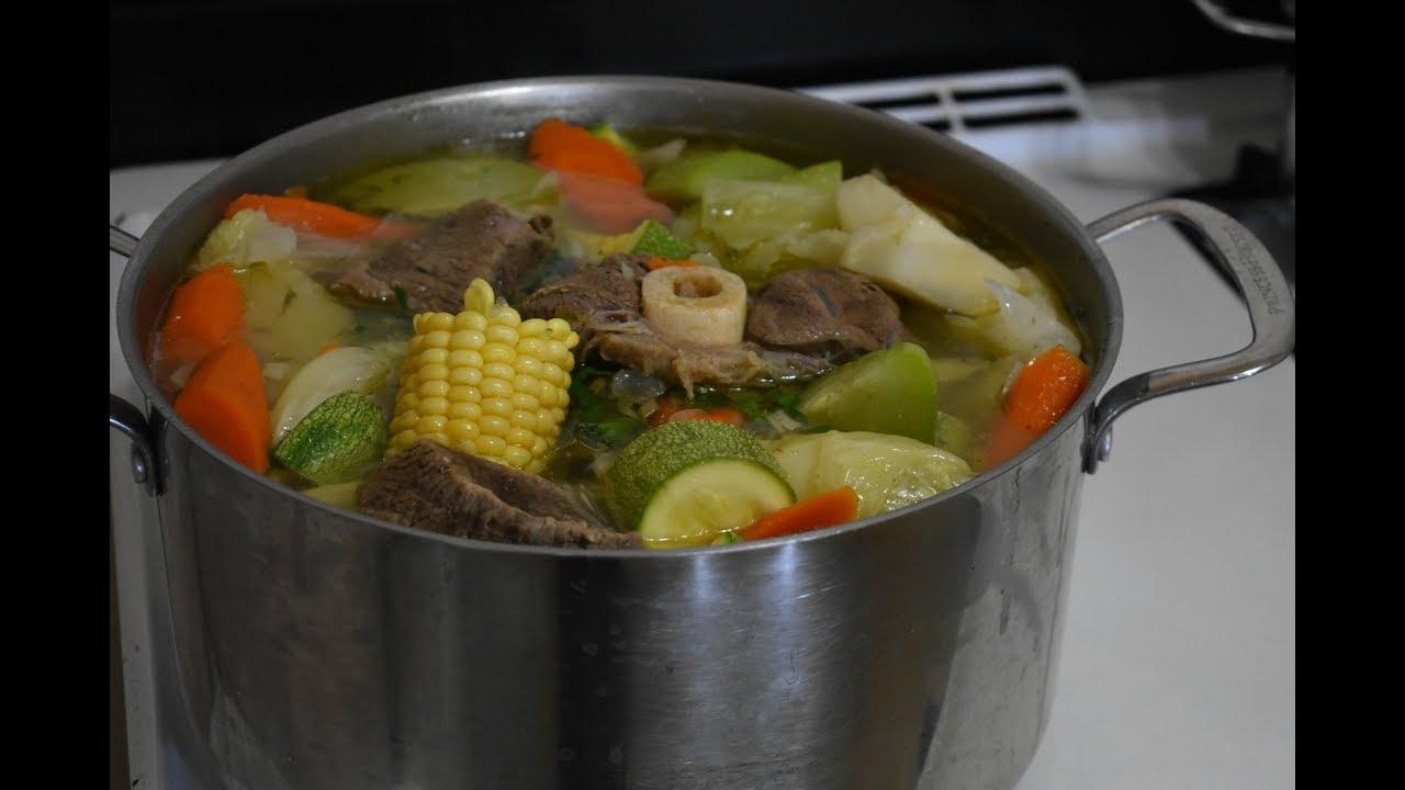verduras para un caldo de res