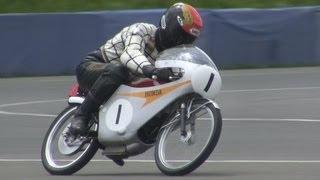 Honda RC116 (1966) vol.1 - 2-Cylinder 50cc GP Racer thumbnail
