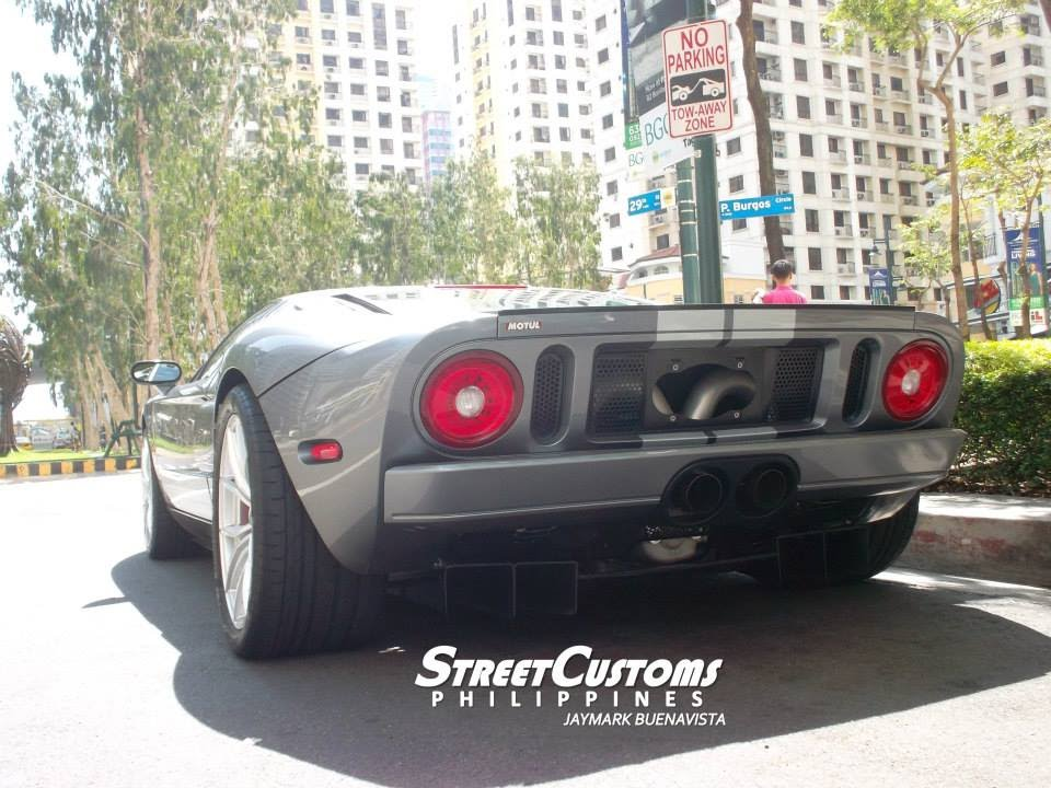 Ford Gt Loud Startup Sound At Burgos Circle Philippines