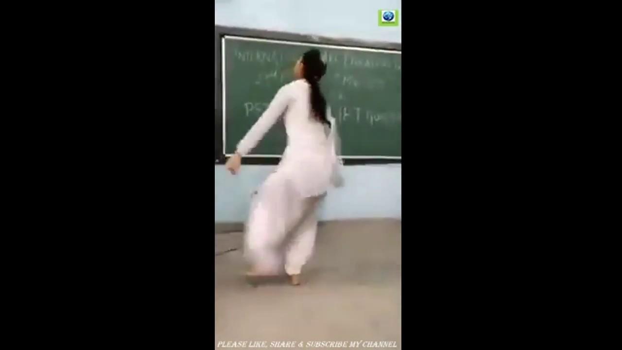 Wife fucing black cock