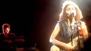 Nneka - Restless (Concert EMB)