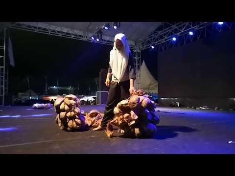 Juara 1 Teater Monolog SMA Negeri 3 Majene acara Gazebo Gebyar Seni dan Olahraga Majene Sulbar