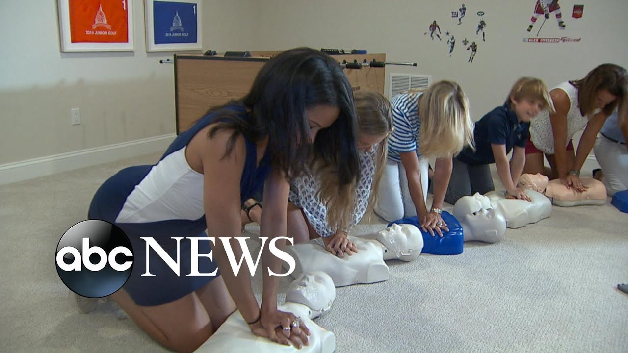 mom-hosts-cpr-parties-to-help-educate-her-community-on-how-to-perform-cpr