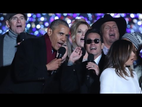 President Obama sings 'Jingle Bells'