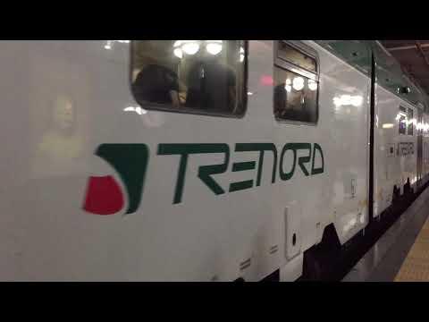 Treni Suburbani Di Milano: La Fermata Di Repubblica Del Passante