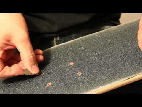 HOW TO GRIP YOUR BOARD
