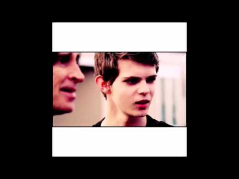 The Most Memorable Robbie Kay Vines