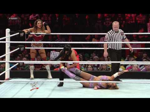 WWE Monday Night Raw En Espanol - Monday, November 5, 2012