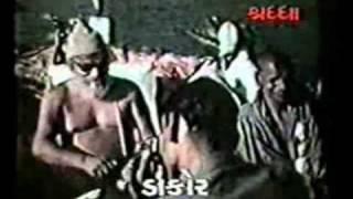 VAHA KI BAT NYARI HAI MERE BHAI - bhajan no 229 -avadhooti anand WMV.wmv
