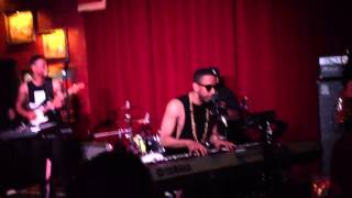 Ryan Leslie- Ups & Downs / Purple Rain Live Houston 2013