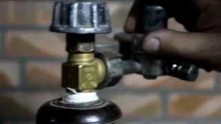ремонт вентиля на баллоне высокого давления