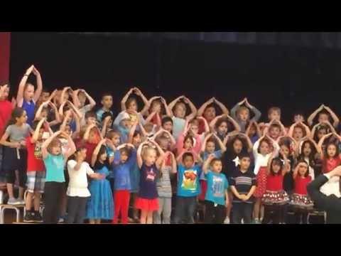 2015 Harnew Elementary School concert 1st grade