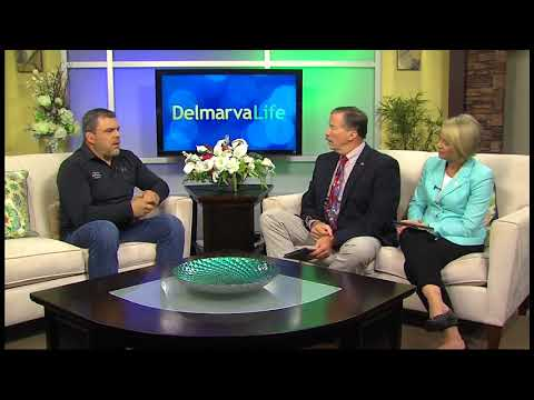 Professor Ronnie Wuest of Delaware Self-Defense Academy teaching Gracie Jiu-Jitsu on WBOC's Delmarv