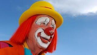 Клоун в ванне. Смешные клоуны. Приколы