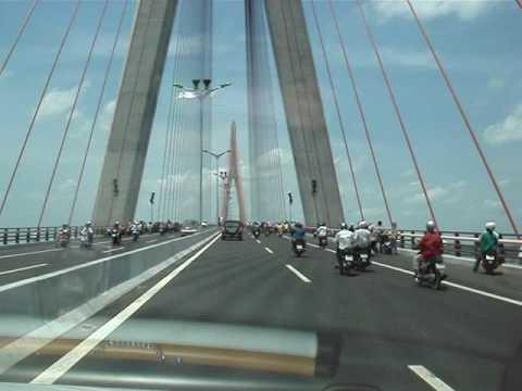 Cầu Cần Thơ, Việt Nam