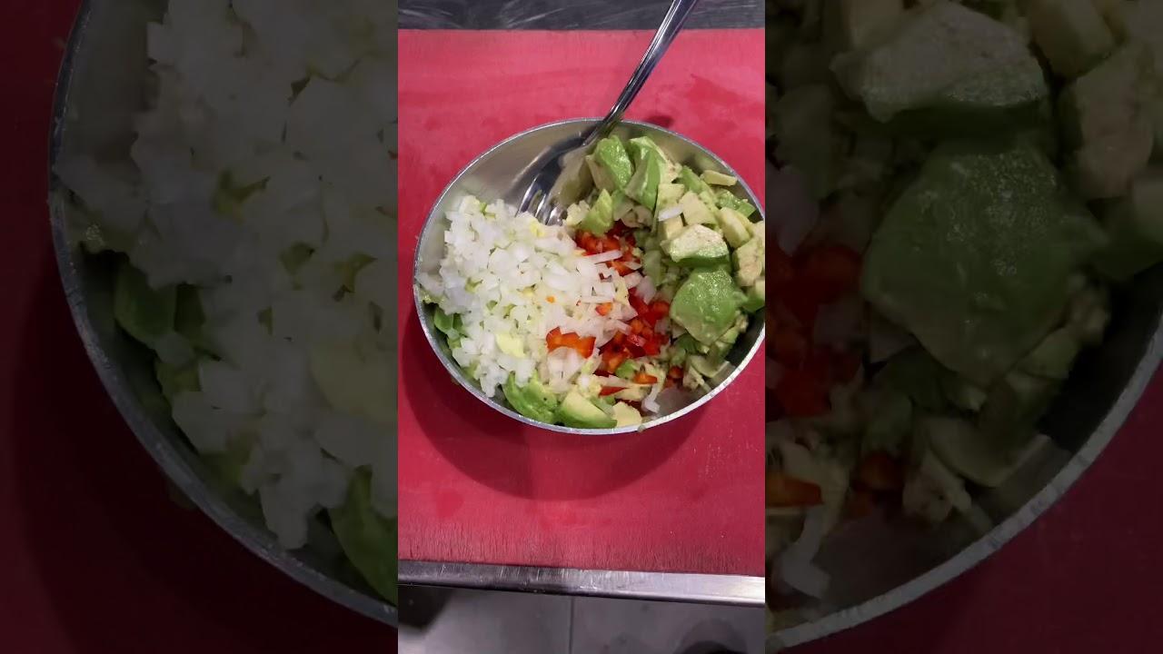 Wrap wrap wrap tavuklu avokadolu