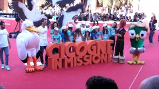 Cicogne in missione: il tappeto rosso animato a Roma 2016
