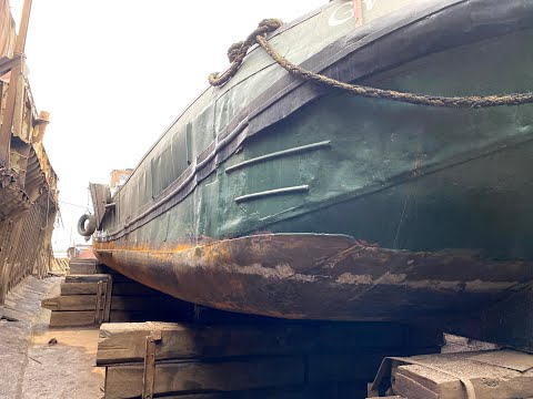 Hull survey of Dutch Barge