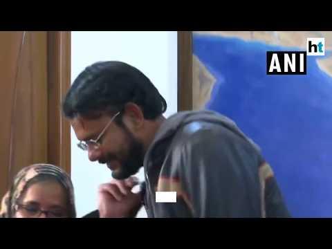 Meri Madam Mahan: Hamid Ansari's Mother To EAM Swaraj On His Arrival To India