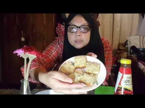 FISH SAUSAGE + BANANA CAKE MUKBANG | MALAYSIAN FOOD KEROPOK LEKOR | PROFESSIONAL SINGER KARAOKE