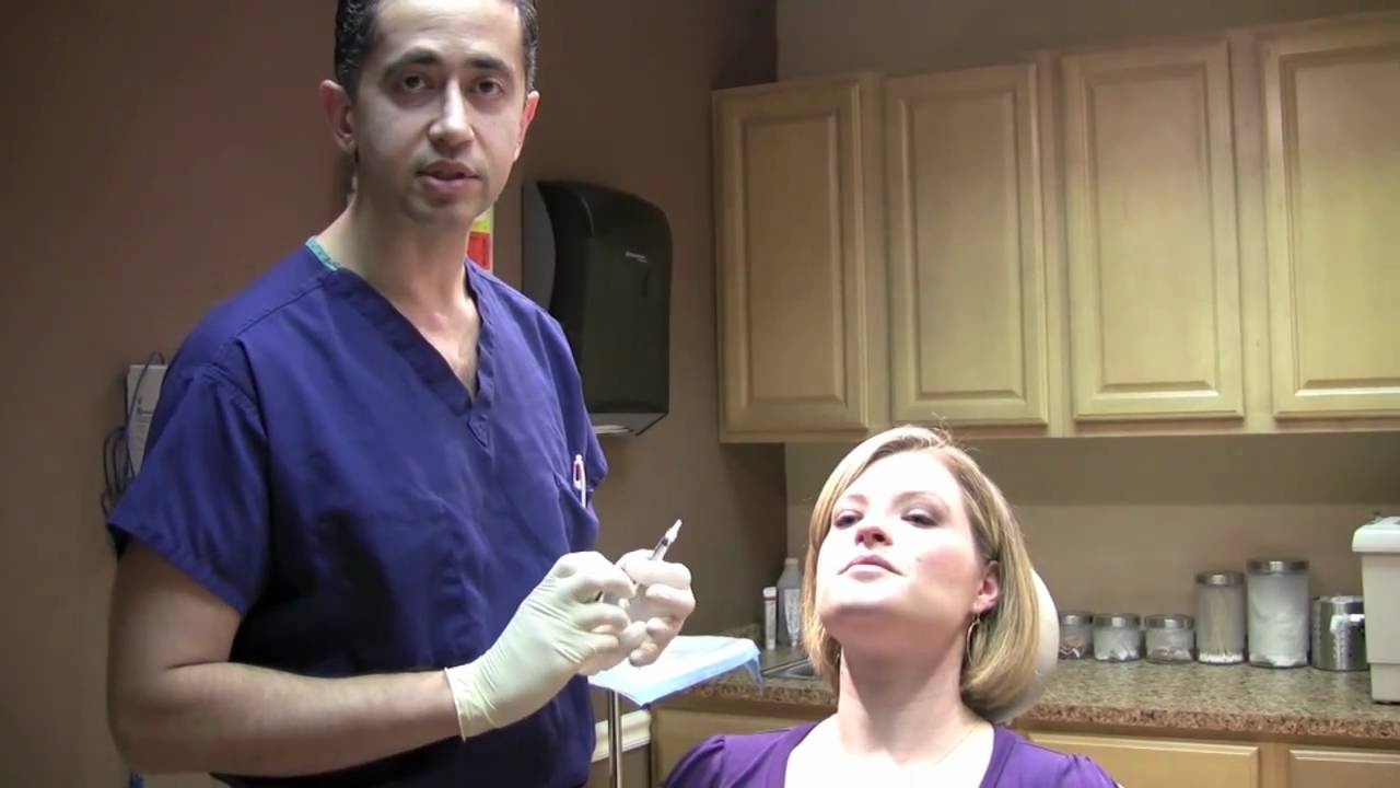 """Botox injection to upper lip to decrease gum show """"gummy smile"""" or smoker's lines - YouTube"""