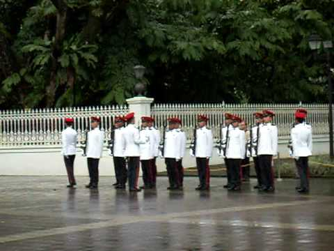 Change of Guards @Istana Singapore 5 Apr 2009 1/6