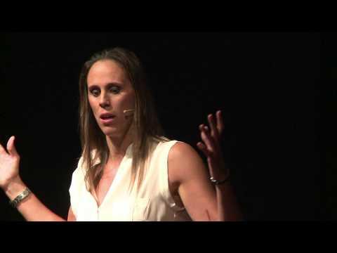 El poder de las mujeres en el deporte y en la vida | Amaya Valdemoro | TEDxBarcelonaWomen