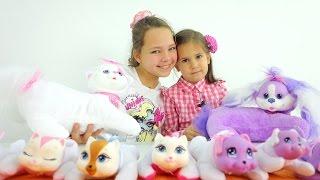 Видео для детей Ждём Щенков. Настя и Катя играют в игрушки для девочек