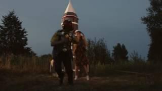 Сцена из фильма В. Вобликова «Старики» (2015). Музыка: Борис Рысин