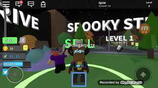 Playing Roblox with the new Halloween simulator