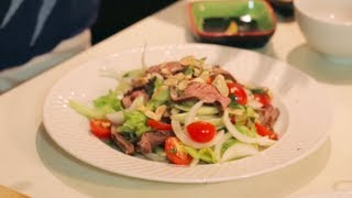 Yum Neua - Thai Beef Salad - Hot Thai Kitchen! ยำเนื้อย่าง