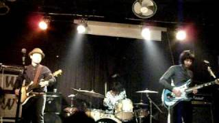 The Routes - Go Away / Willie The Wild One (live in Shanghai)