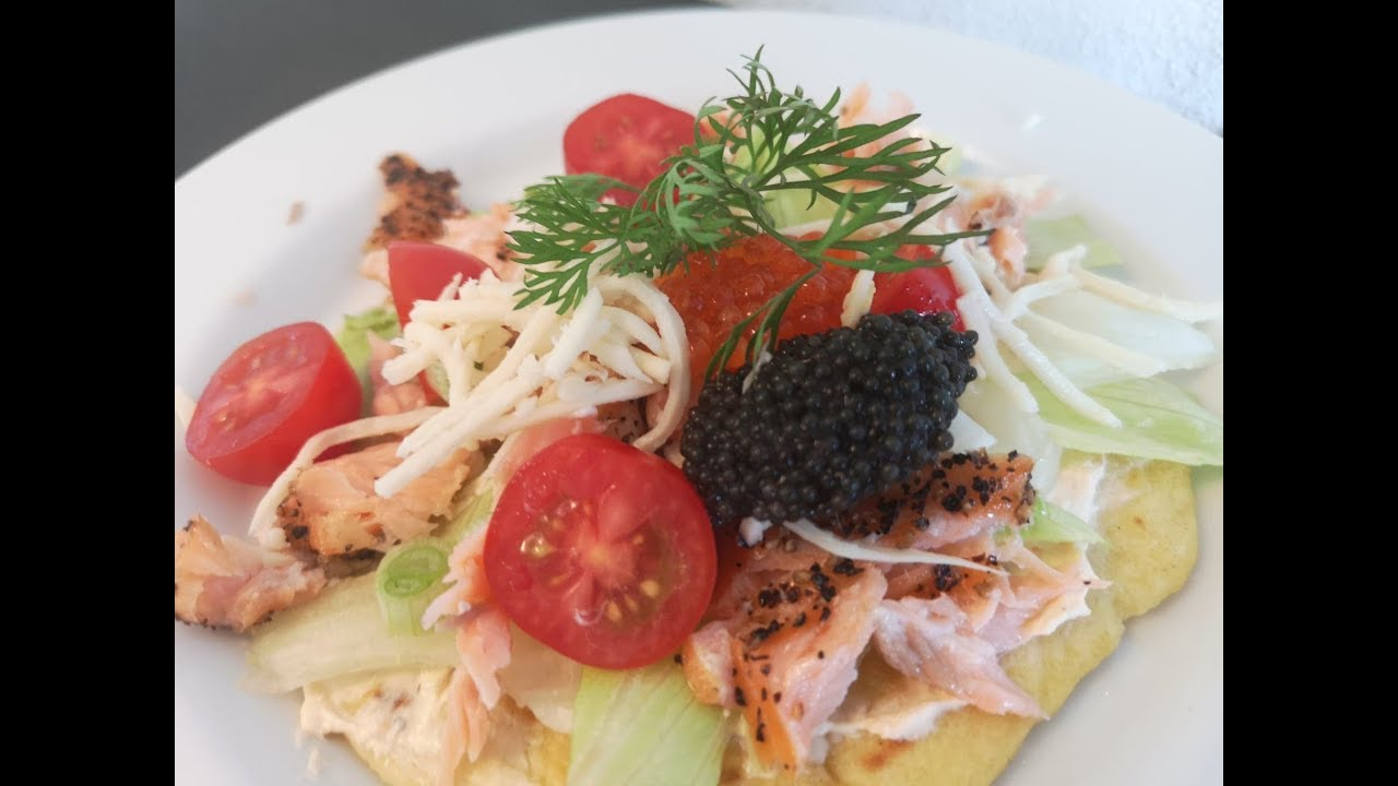 Tortilla m.  varmrøget laks | Mad I Trin