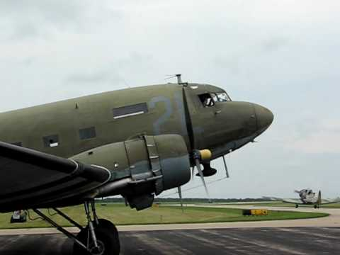 DC-3 (C-47) Engine Start