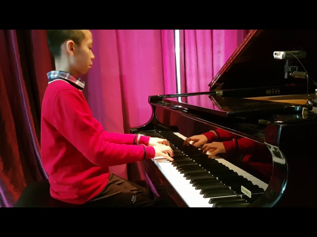 eleve de 10 ans du studio : Cours de piano montreal. Advanced