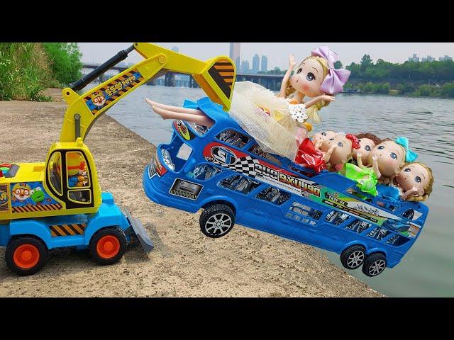 Bạn Ken Anh Hùng Cứu Hộ - Trò Chơi Xe Bus Chạy Chở Đi Học ❤ ChiChi ToysReview TV ❤ Đồ Chơi Doli Fun