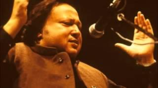 Ustad Nusrat Fateh Ali Khan   Dost kya khoob wafaon ka Sila Dete Hain