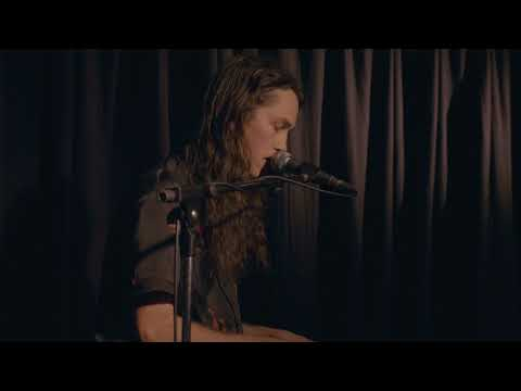 Didirri -  Live at the Corner Hotel - Worth The Wait & Vincent 3/6 Mp3