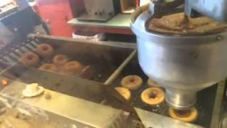 Cold Hollow Cider Mill Apple Cider Donuts!