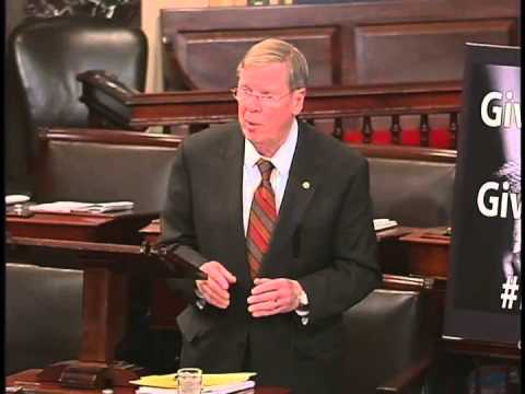 Sen. Isakson Honors Civil Rights Leader Rep. John Lewis