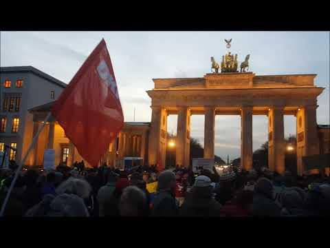 #Berlin 30.1. Solidemo für #Venezuela ! #WeAreMaduro  -Hands off Venezuela!