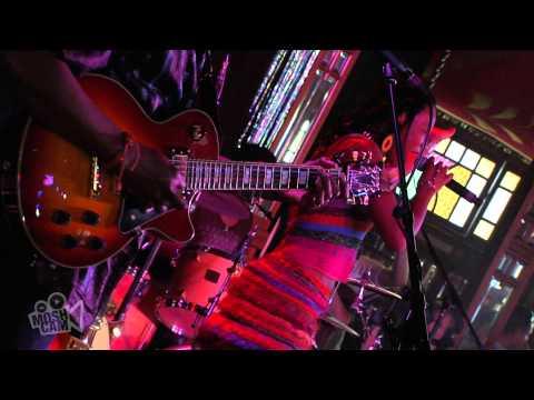 Fatoumata Diawara - Tounkan (Live at Sydney Festival) | Moshcam