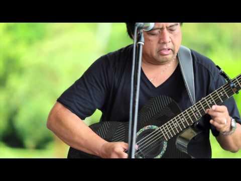 Ho`okena - He Wahine U`i (HiSessions.com Acoustic Live!)